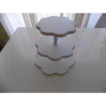 Torre Cupcakes Tres Pisos Formato Flor En Madera. Zona Munro