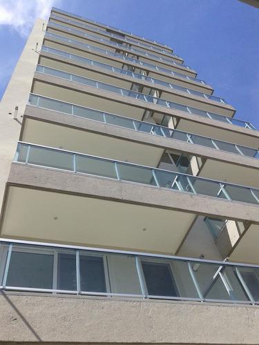Barandas De Aluminio Y Vidrio. Balcones Y Escaleras.