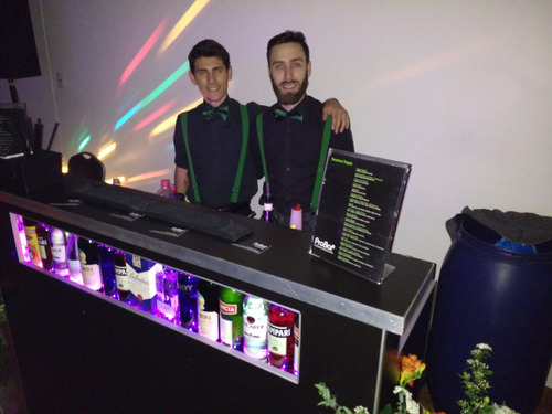 Barra Móvil Libre De Tragos Servicio Barman Eventos Alquiler