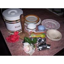 Lote 16 Artículos De Cocina: Hielera Retro, Vajilla