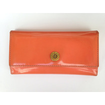 Billetera Marca Lazaro De Cuero. Modelo De Mujer Color Coral