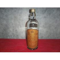 Vieja Botella De Gin Peters