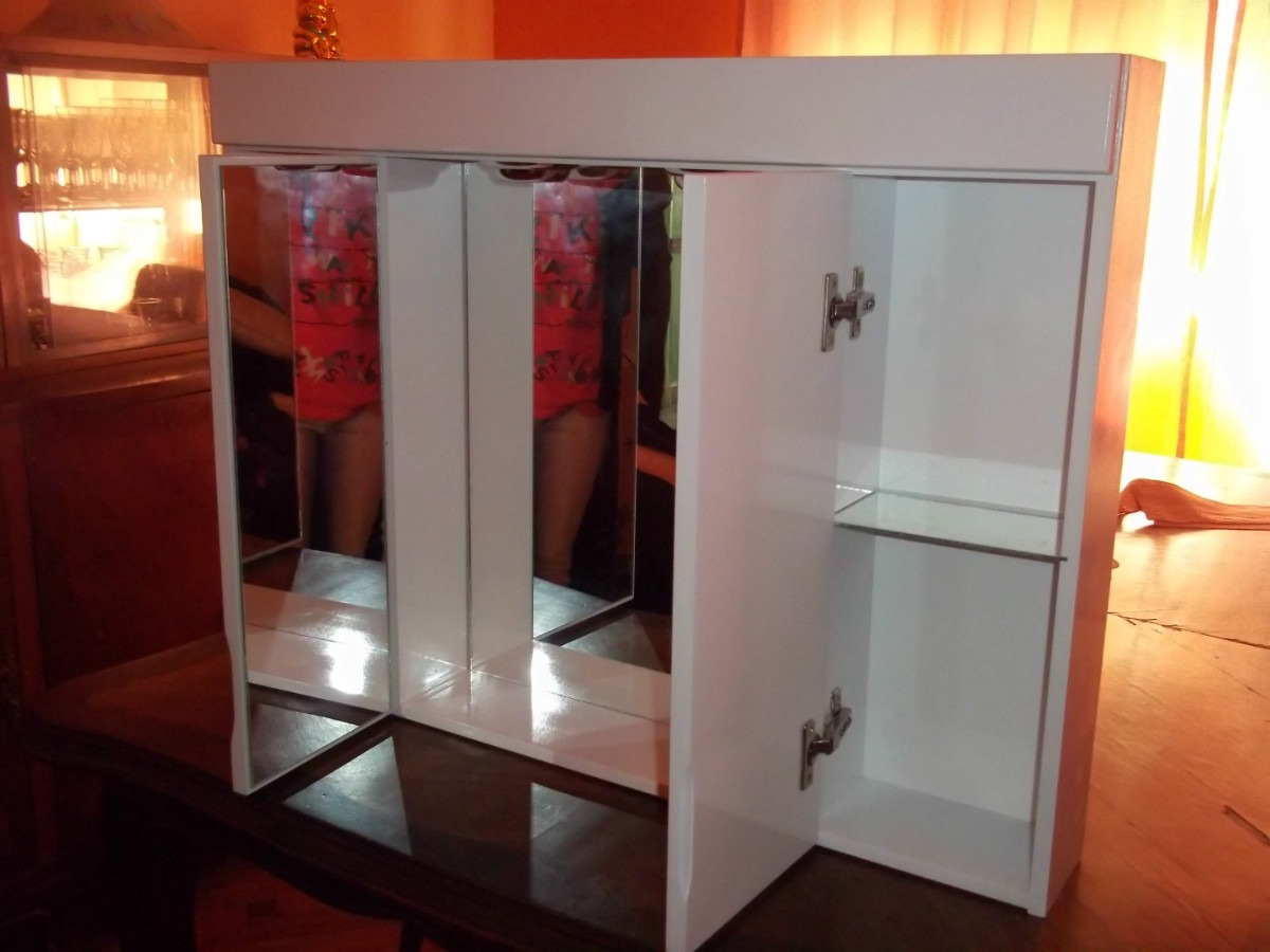 Botiquin Para Baño De Madera:Botiquin Espejo Peinador De Baño Tríptico Laqueado Nuevooo – $ 654