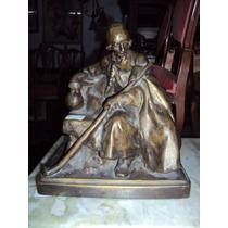 Antigua Escultura De Bronce Viejo Pastor De Los Balcanes