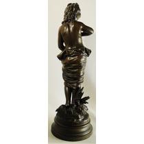 Antigua Escultura Francesa Petite Bronce Firmada Bouret