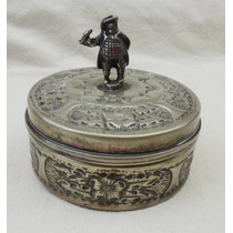 Antiguo Cofre Alhajero Plateado Repujado Artesanal