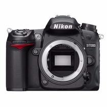 Camara Nikon D7000 16.2 Megapixel. Full Hd