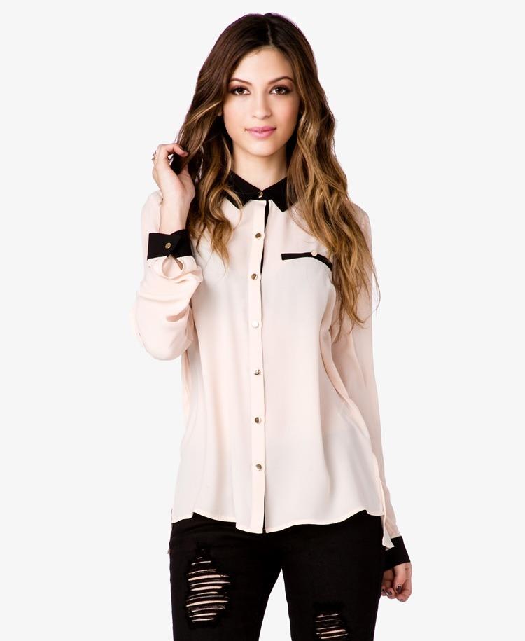 Nueva Colección Otoño-Invierno | Camisas y blusas de mujer: básicas, de rayas, de flores, bordadas, fluidas, de cuadros, camisas vaqueras.. ¡Compra ahora online!