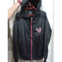 Ultima Campera Rompeviento Nike Mujer. Oportunidad! Talle S