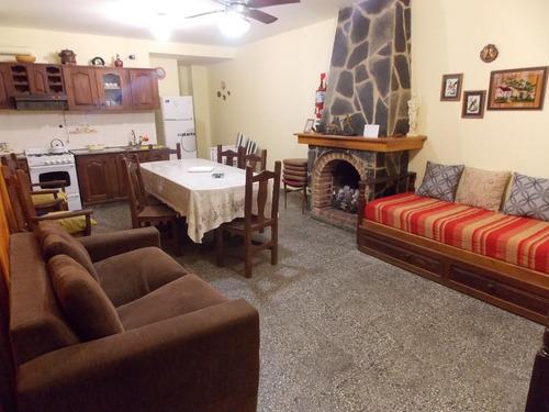 Casa En Colon Para 8 Personas 2 Cuadras Del Rio