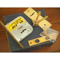 Cerrojo De Seguridad Para Placard Marca Acytra