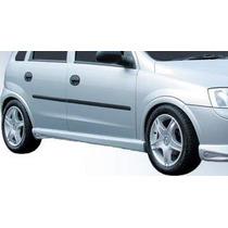 Chevrolet Corsa 2 Faldones Estilo Sport. Dejalo Deportivo