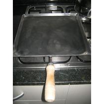 Chapa Bifera Con Mango Para Cocinar En Hornalla 32 X 32 Cm
