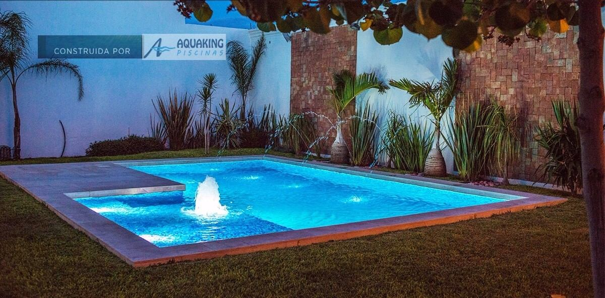 Construcci n de piscinas de hormig n aquaking 4359 2278 for Costo piscinas hormigon