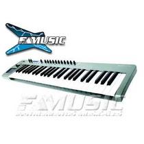 Controlador Midi Novation Xio Synth 49 Sintetizador Midi