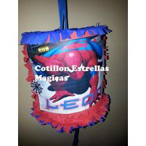 Piñata Artesanal!, Todos Los Persoanjes!