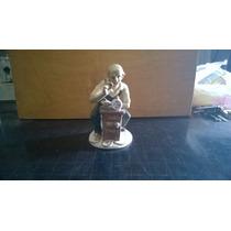 Estatua De Porcelan Muy Fina