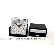 Reloj Despertador Chico Viaje Plegable Dakot Luz Bell A44
