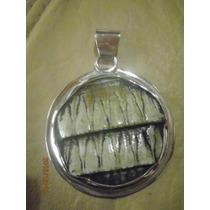 Medalla Artesanal De Alpaca 4,5 Cm