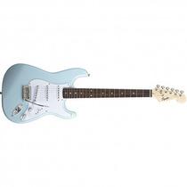 Guitarra Eléctrica Squier Stratocaster Bullet Daphne Blue