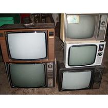 Antiguos Televisores Sin Funcionar.decoracion O Escenografia