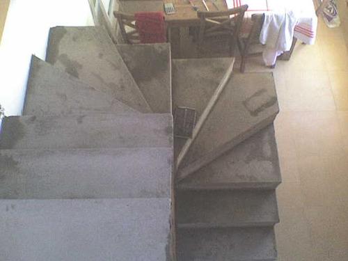 Escalera premoldeada de hormigon tres de febrero 12 for Escaleras en u