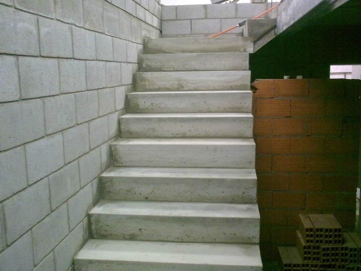 Escalera premoldeada de hormigon tres de febrero 12 for Medidas escaleras