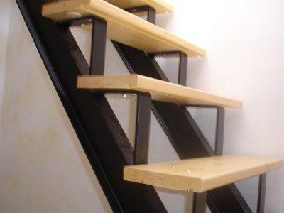 finest escaleras madera exterior escaleras hierro c madera escaleras hierro c madera source abuse report with hacer escalera madera - Como Hacer Escaleras De Madera