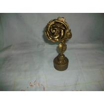 Escultura De Metal Dorado De Una Rosa - Única Artesanal
