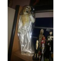 Imagen De San La Muerte Con Capa Blanca De 40 Cm