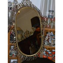 Antiguo Espejo Oval De Dressoire En Hierro Forjado Y Bronce
