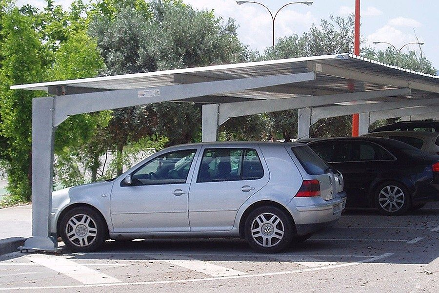 Estacionamientos pergolas techo para autos estructuras for Design moderno garage per auto