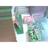 Exhibidor Con Placa Ranurada Para Vidrieras Y/o Interior