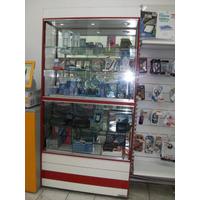Vitrina Exhibidora Con Luz De Led Y Estantes De Vidrio