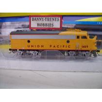 D_t Athearn F7 Union Pacific 80213
