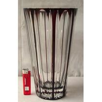 Antiguo Y Gran Vaso Florero En Grueso Cristal Rubi Tallado.