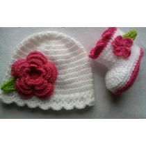 Conjunto Botita Y Gorro Tejida A Crochet De 0 A 1año
