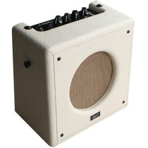 Cort Mini Amplificador Portatil De 5 Watts