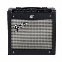 Fender Mustang I V2 Amplificador Guitarra Combo 20w 24preset