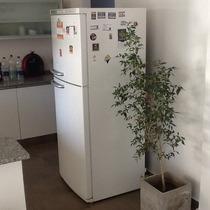 Heladera Con Freezer Bosch Glass Line.