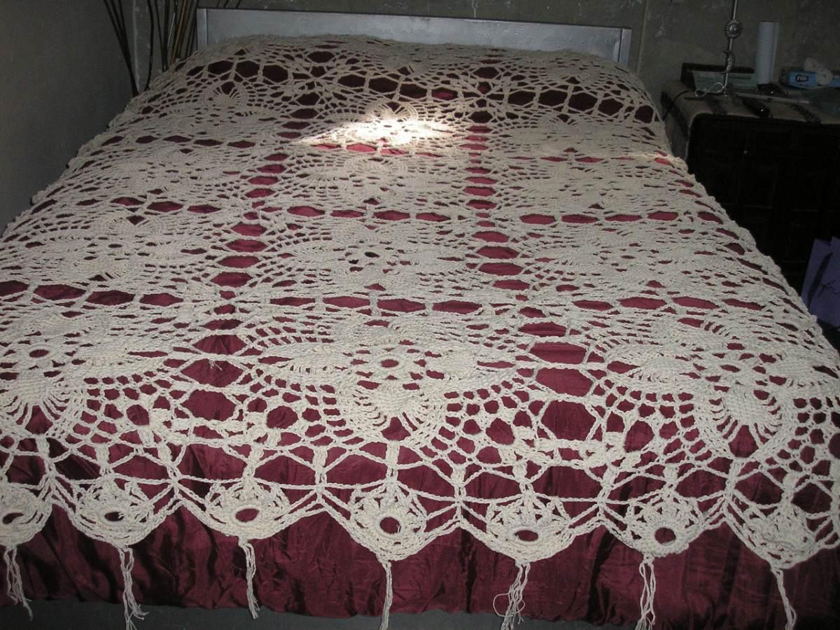 Hermoso Cubrecama Tejido A Mano Al Crochet! - $ 2.500,00 en ...