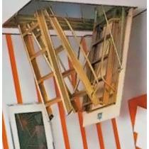 Escalera Rebatible De Altillo De Madera Okm De Fabrica Okm