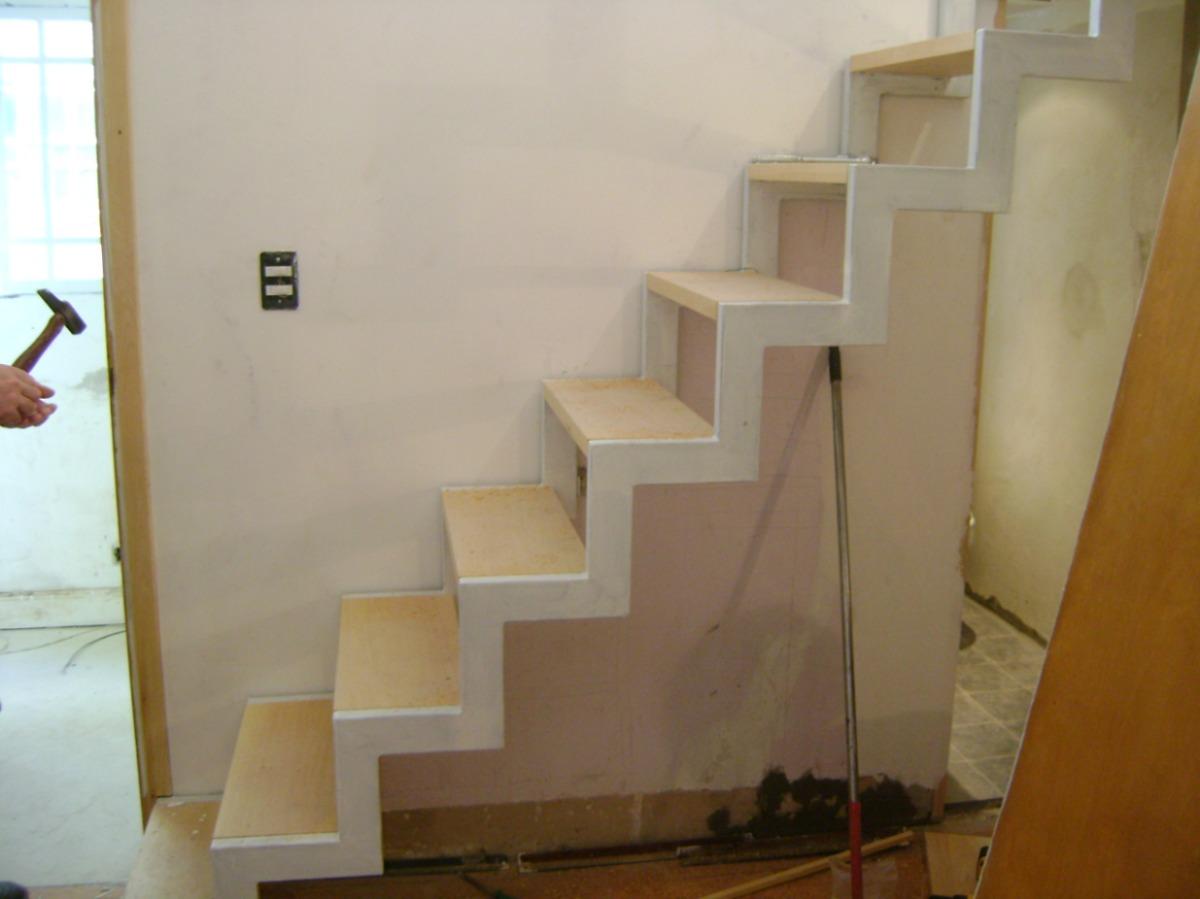 Herreria herrero rejas puertas malla sima portones - Puertas para escaleras ...