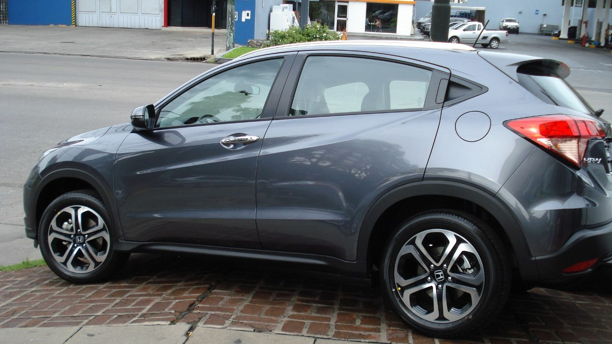 honda hrv exl cvt 0km entrega inmediata color gris oscuro a o 2016 0 km en mercado libre. Black Bedroom Furniture Sets. Home Design Ideas