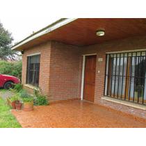 Hermosa Casa En Miramar En Barrio Parquemar