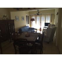 Casa De 3 Ambientes-2 Dormitorios-cochera Cubierta.