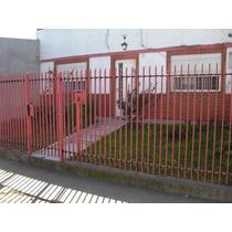 Casa De 3 Ambientes,lote Propio Con Jardin,patio Y Cochera