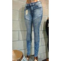 Jeans Nina Con Parches Tres Push Up X Mayor 5 U. X $ 1100