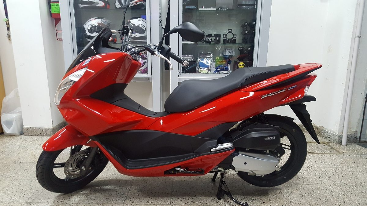honda pcx 150cc scooter mileage. Black Bedroom Furniture Sets. Home Design Ideas