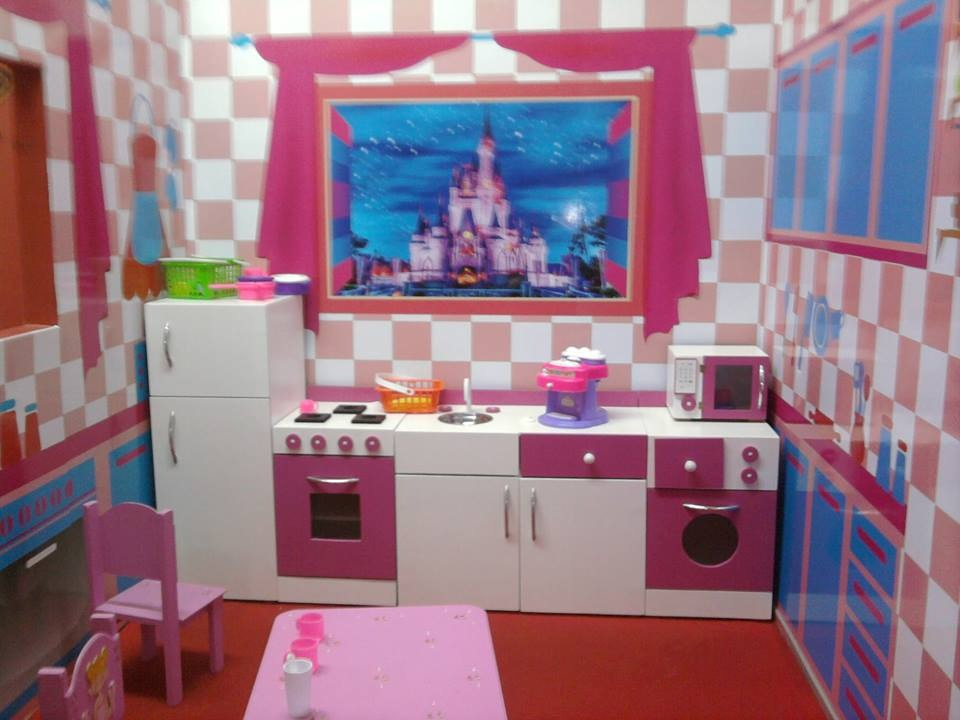 Muebles de madera infantiles 20170806025115 for Cocina de madera juguete